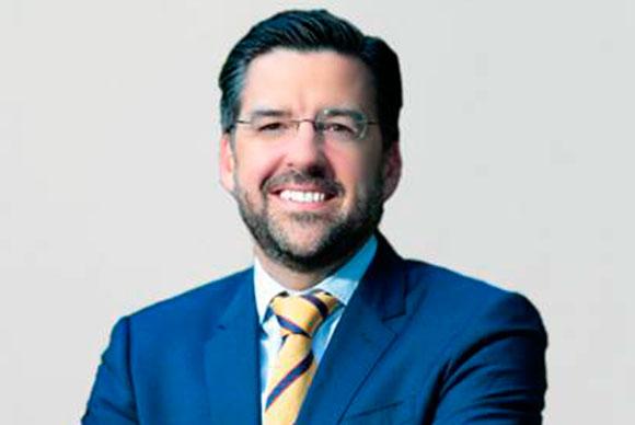 <strong>Javier Prados</strong>